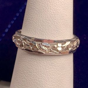 Sterling Silver Grape Leaf Band Ring